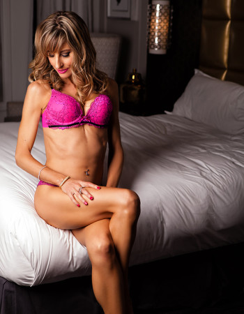 independent private escort - Alexia Aleksandrov