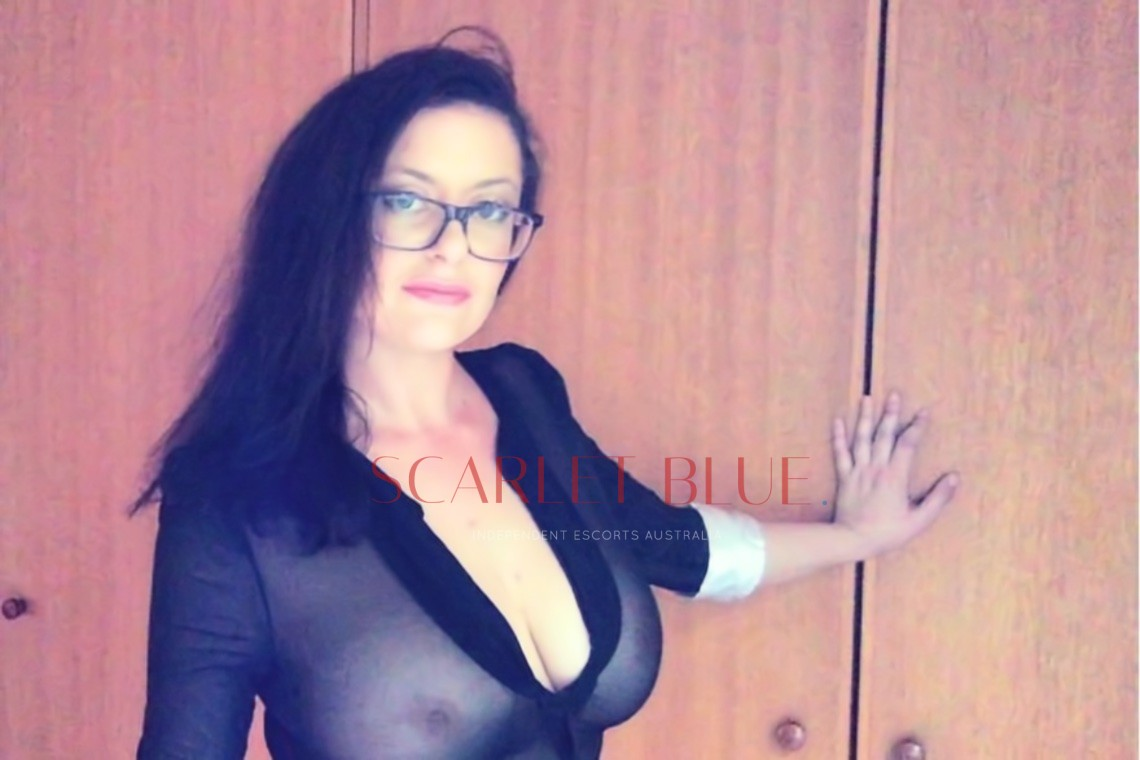 Ms. Reign - Private Escort Geelong