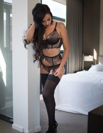 Private escort - Eleanor Rose touring soon to Melbourne