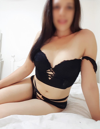 independent private escort - Lacey May