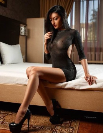 Private escort - Polina Luv touring to