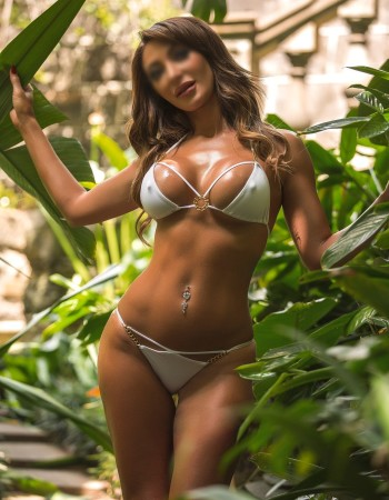 Private escort - Olivia York is touring to Melbourne by invitation
