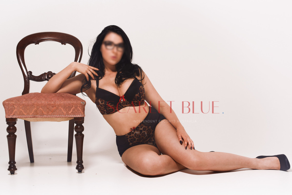 Mia Devigne - Private Escort Melbourne
