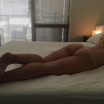 Selfie Pics from Miss Ivy Grace  - Private Escort Sydney