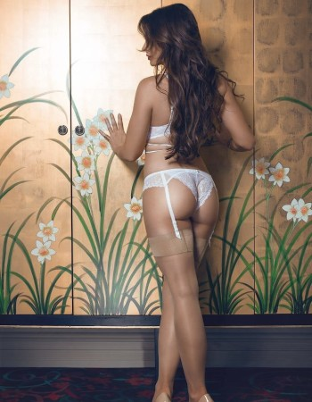 Perth independent private escort - Cleo Bloom