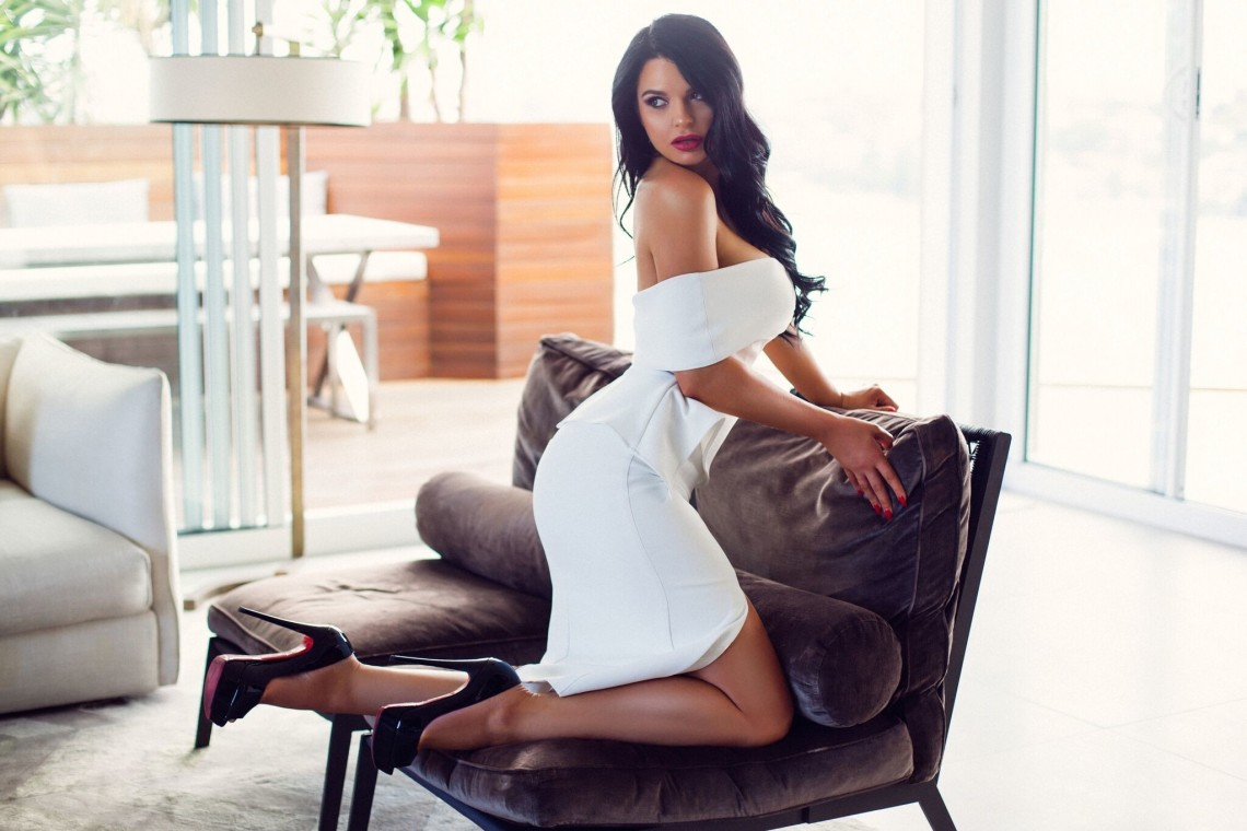 bøsse escort side 6 dinner date escort