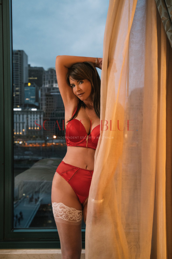 Anna Ferraro - Private Escort Melbourne