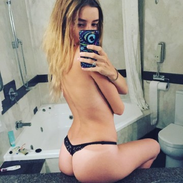 Selfie Pics from Estelle Lucas - Private Escort Melbourne