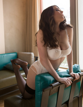 independent private escort - Nina Everleigh