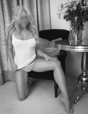 independent private escort - Milla Maxwell