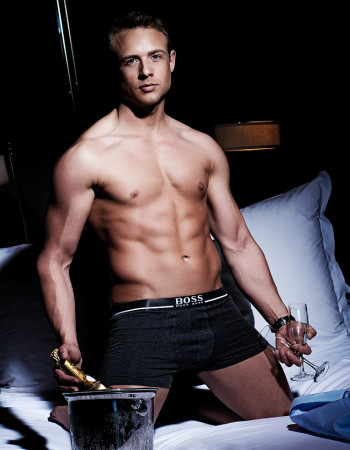 Private escort - Ryan James touring to Melbourne