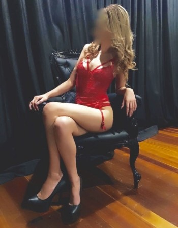 Darwin independent private escort - Fallen Charm