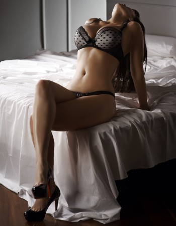 Adelaide independent private escort - Georgie Lee