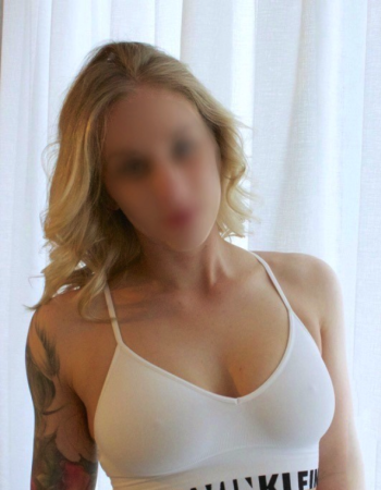 Private escort - Elise Matherson touring to
