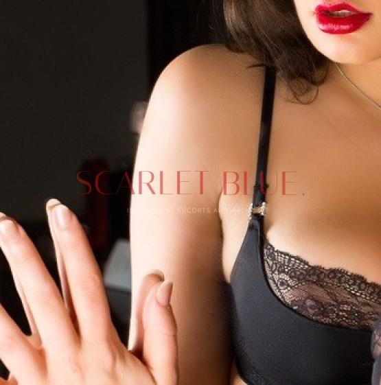 Bella Hart - Private Escort Brisbane