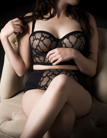 Brisbane independent private escort - Maggie