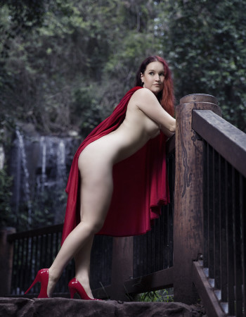 Brisbane independent private escort - Sierra Knight