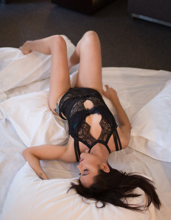 Private escort - Annabelle is touring to Cairns by invitation