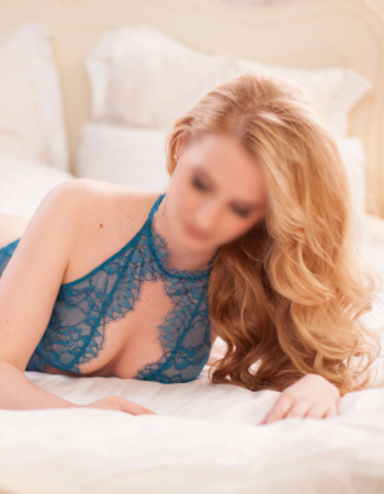 Canberra independent private escort - Miss Ariel