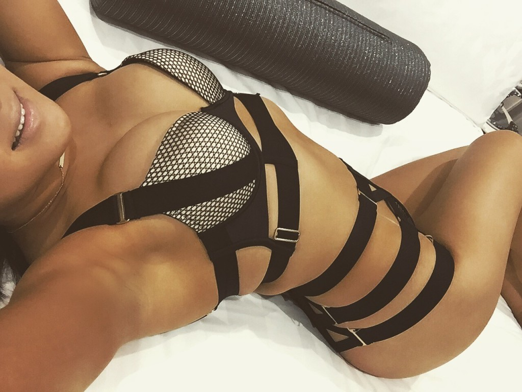Selfie Pics from Aria May - Private Escort Sydney