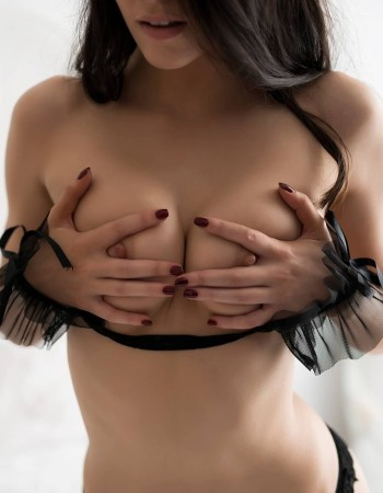 Sydney independent private escort - Blair Evelyn