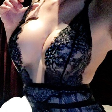 Selfie Pics from Miss Chanel Rose - Private Escort Sydney