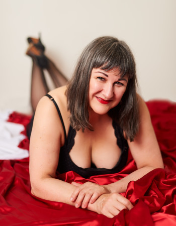 Private escort - Lisa Marie Dallimore is touring to Sydney by invitation