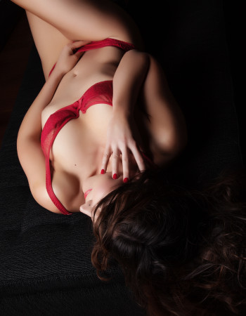 Private escort - Fiona Bellerose touring to Ballarat