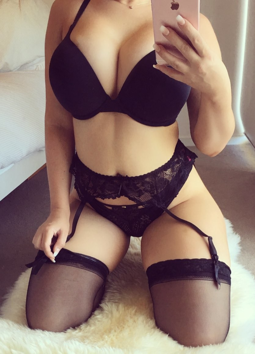 Lilly Chase - Private Escort Perth